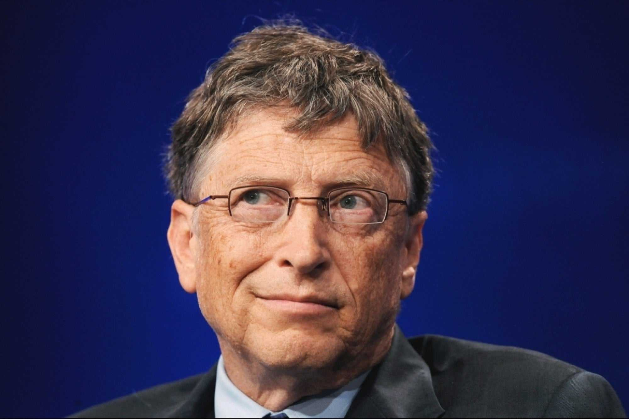 Bill Gates is hiding from his wife at a luxury golf club for billionaires