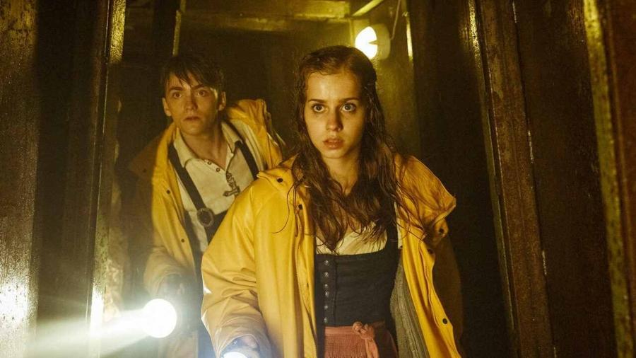 1621365952 899 Netflixs teen horror movie a la Stranger things