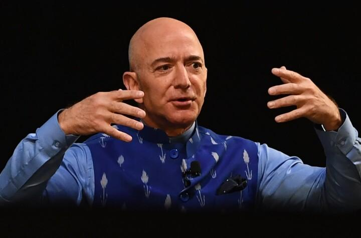 1621412244 These are the 6 products that Jeff Bezos himself has