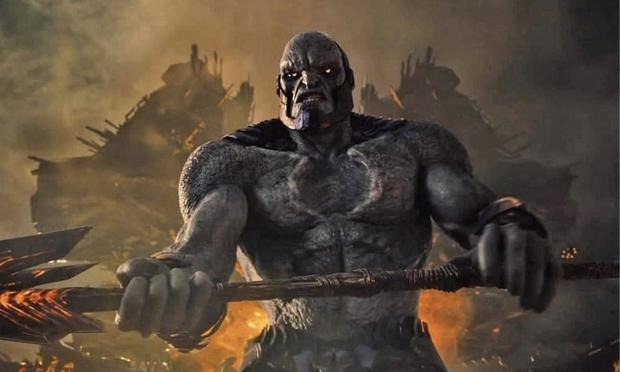 """The creators of """"Smallville"""" they caused Darkseid to frequently appear as a smoke-shaped spirit while possessing human bodies. (Photo: DC Films)"""