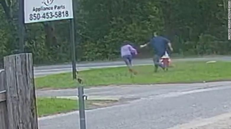 1621578013 Girl who avoided her kidnapping was helped with the technique
