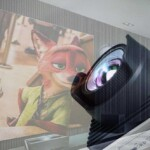 Projector or Smart TV? Which one is better and which one should you buy?
