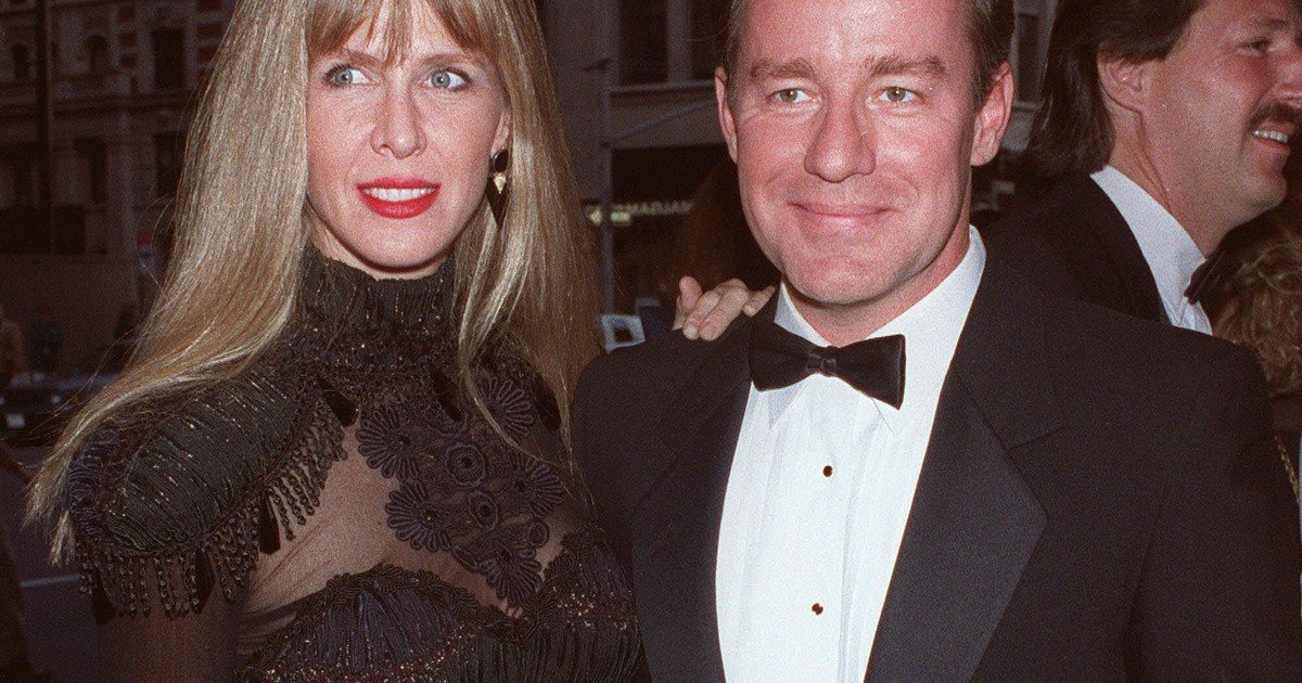 He had achieved success and put his voice on The Simpsons but his wife killed him in his sleep: this was the murder of Phil Hartman