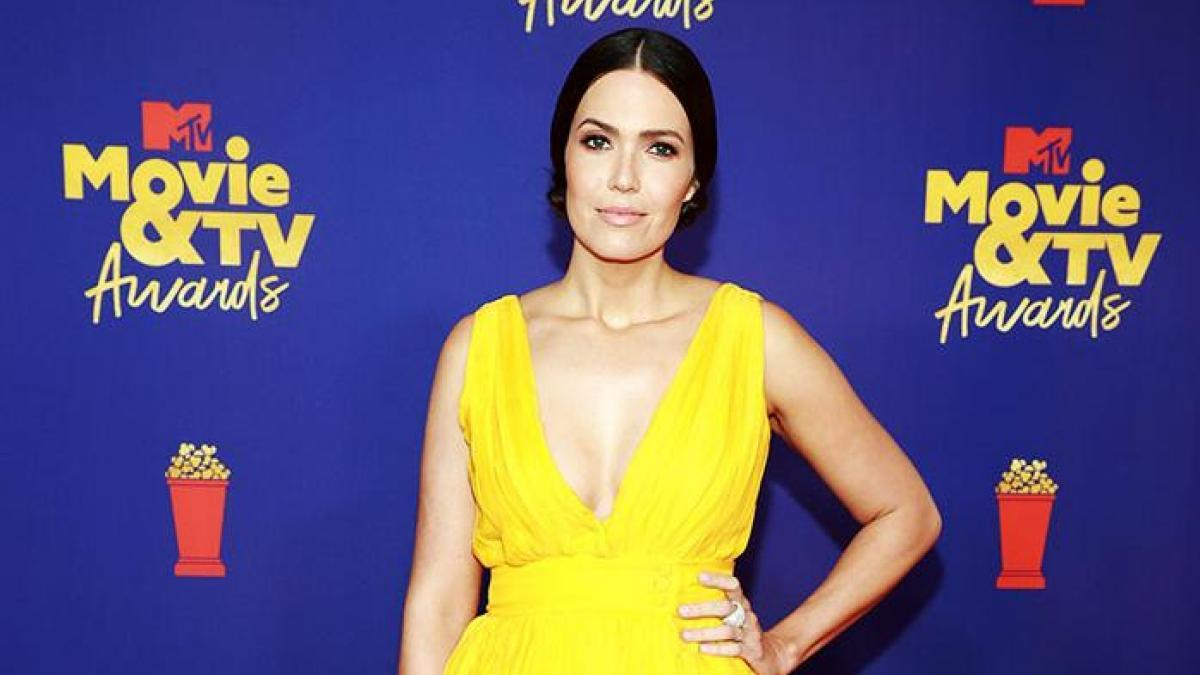 1621949494 From the elegance of Mandy Moore to the semi nude of