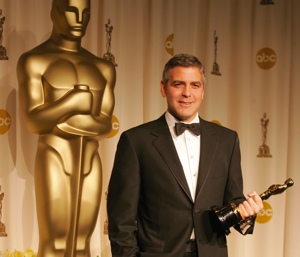 1622047064 800 George Clooney turned 60 ten days in the life of
