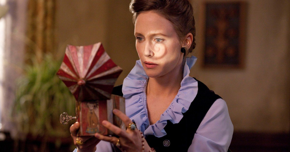 1622058105 Vera Farmiga an actress possessed by her horror character
