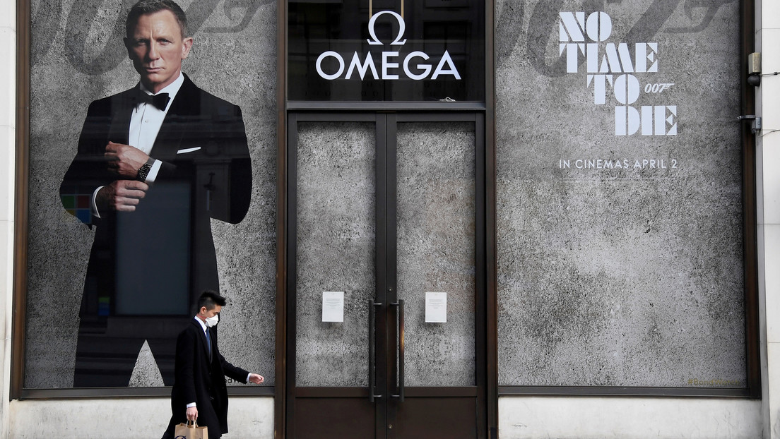 The new James Bond film 'No Time to Die' delays its premiere again due to the pandemic