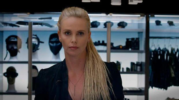 CHARLIZE THERON - CIPHER (Photo: Universal)