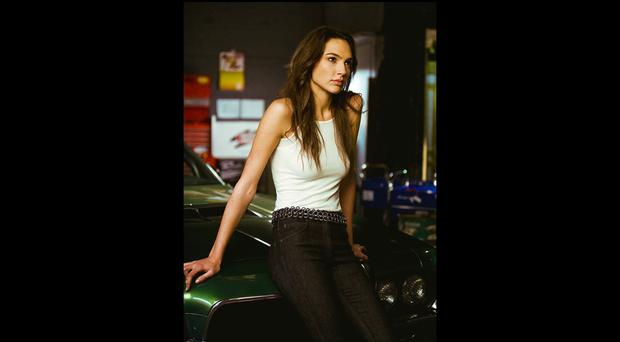 Gal Gadot. The Israeli actress also appeared in some installments of Fast and Furious. Embodied Gisele Yashar, one of Dominic Toretto's adventure partners. Before starting in the world of acting