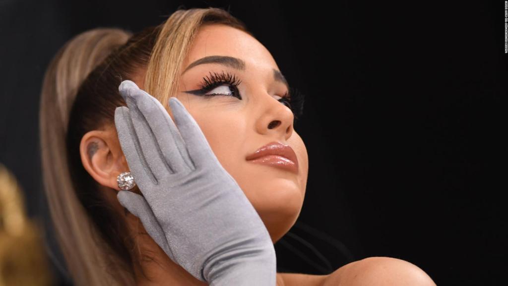 Ariana Grande shares photos of her wedding