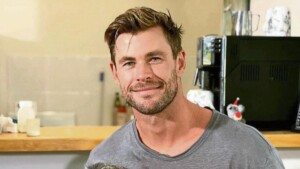 Chris Hemsworth becomes the laughingstock of the networks for his legs