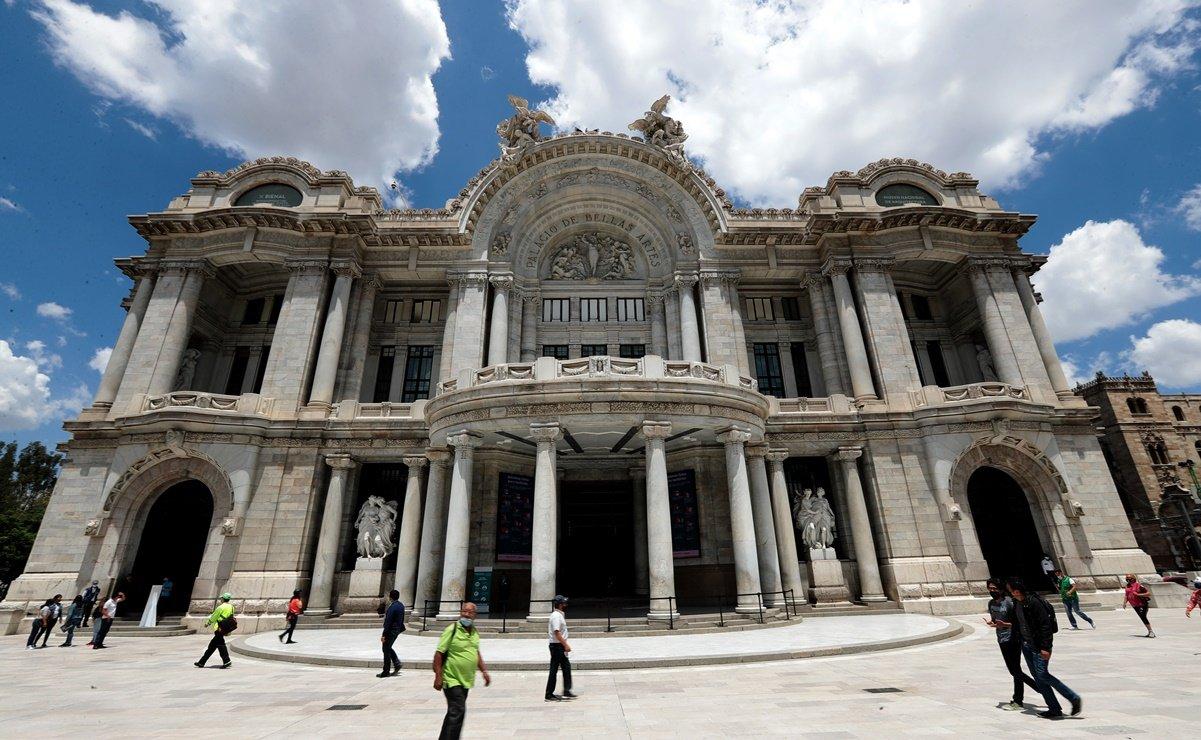 Concerts return at the Palacio de Bellas Artes and at