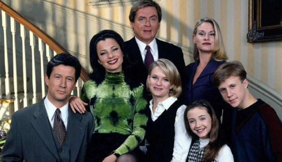 """Is """"The Nanny"""" back? Fran Drescher plans to revive the classic TV series"""