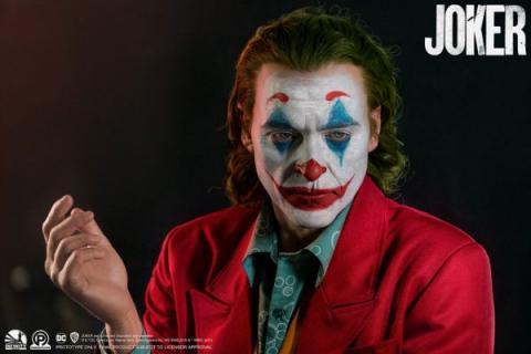 Bust of the Joker from Infinity Studios