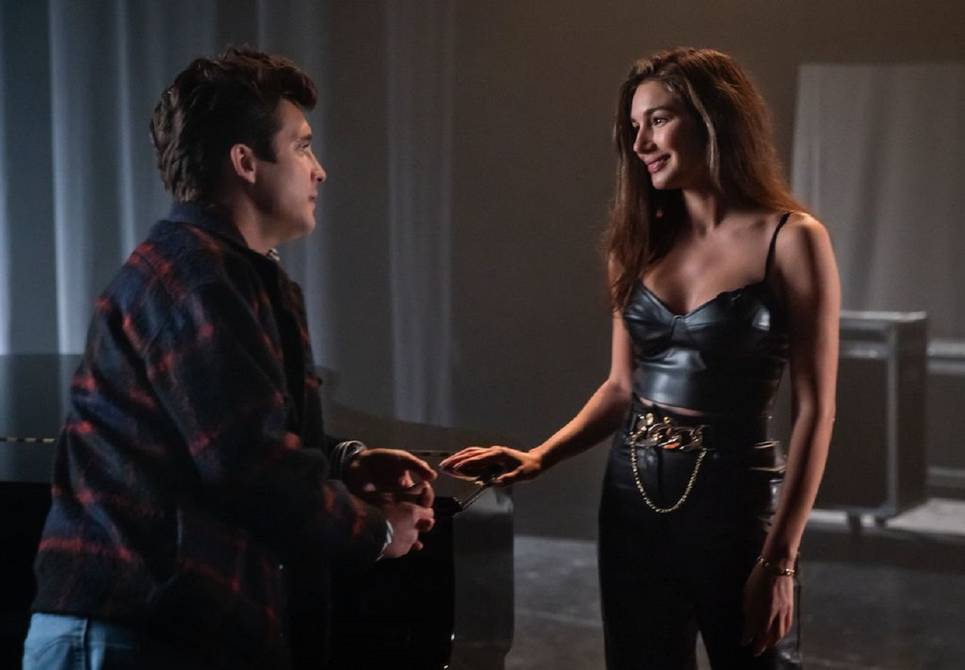 Luis Miguel meets Daisy Fuentes and Laura Pausini in the penultimate episode of the Netflix series | Television | Entertainment