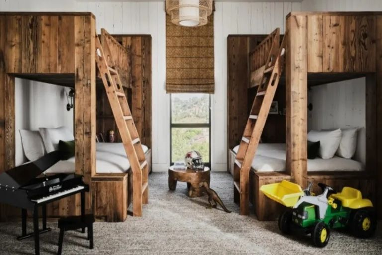 The room shared by the children of Mila Kunis and Ashton Kutcher