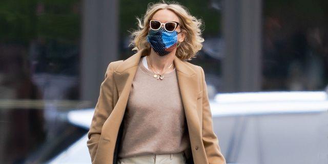 Naomi Watts in baggy white pants