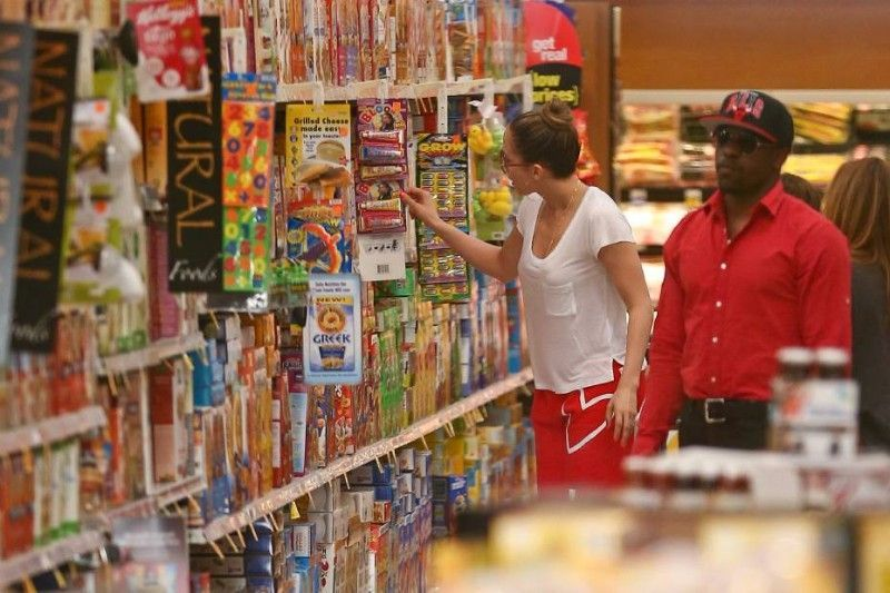 PICTURES. Jennifer Lopez, Kim Kardashian, Jessica Alba ... These stars who do their shopping themselves!