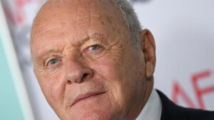 """""""The Father"""", Anthony Hopkins to lose his mind - France 24"""
