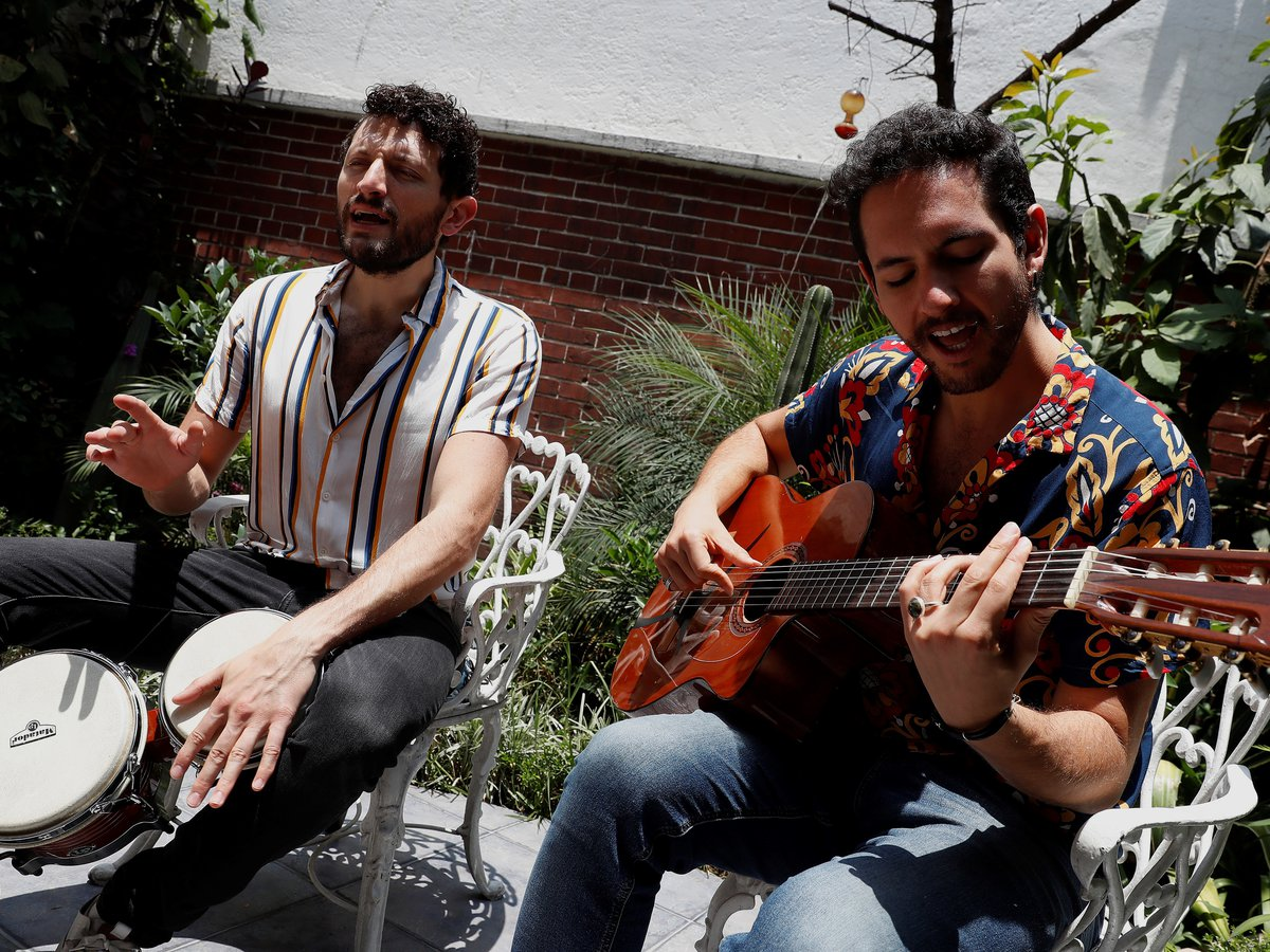 """The Mexican band Los Rumberos and their """"salad of Latin rhythms"""""""