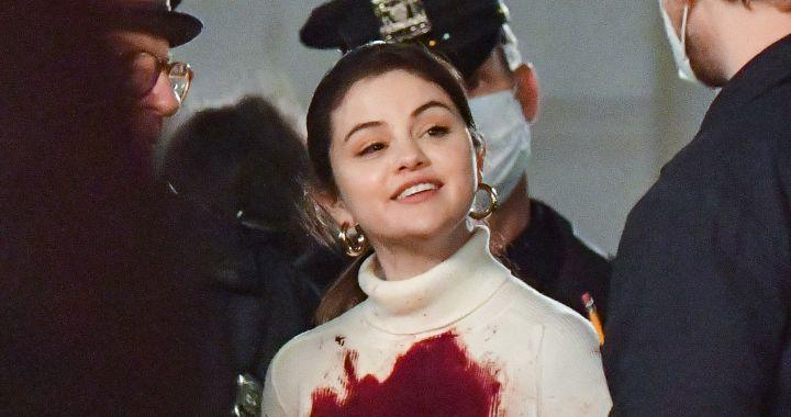 This is the new Selena Gomez series: murders and laughter in a New York building