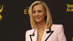 What happened to Lisa Kudrow, the actress who played Phoebe Buffay in Friends?