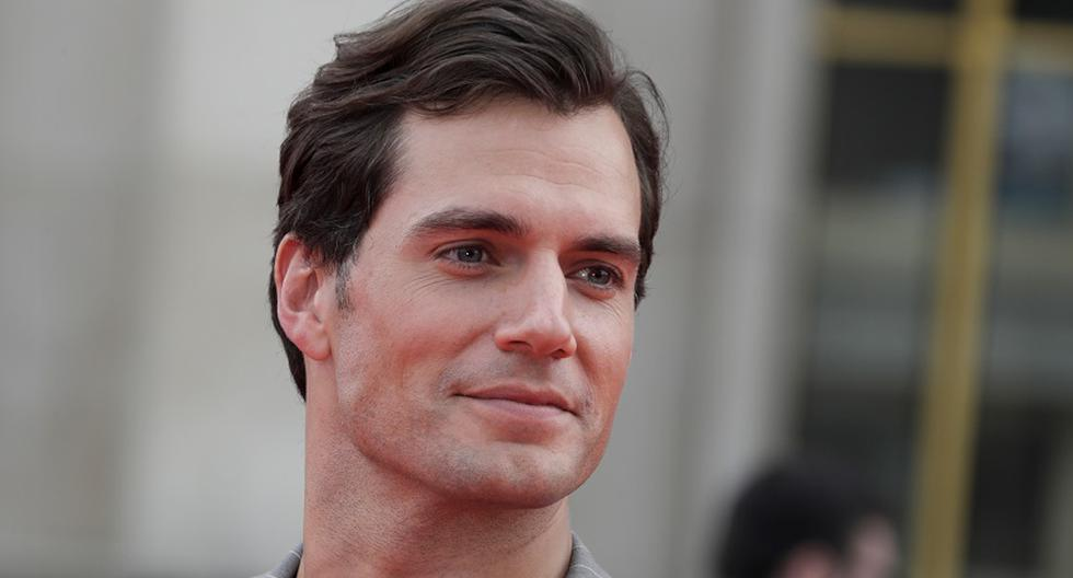 """Why Henry Cavill Was Rejected To Play James Bond In """"Casino Royale"""""""