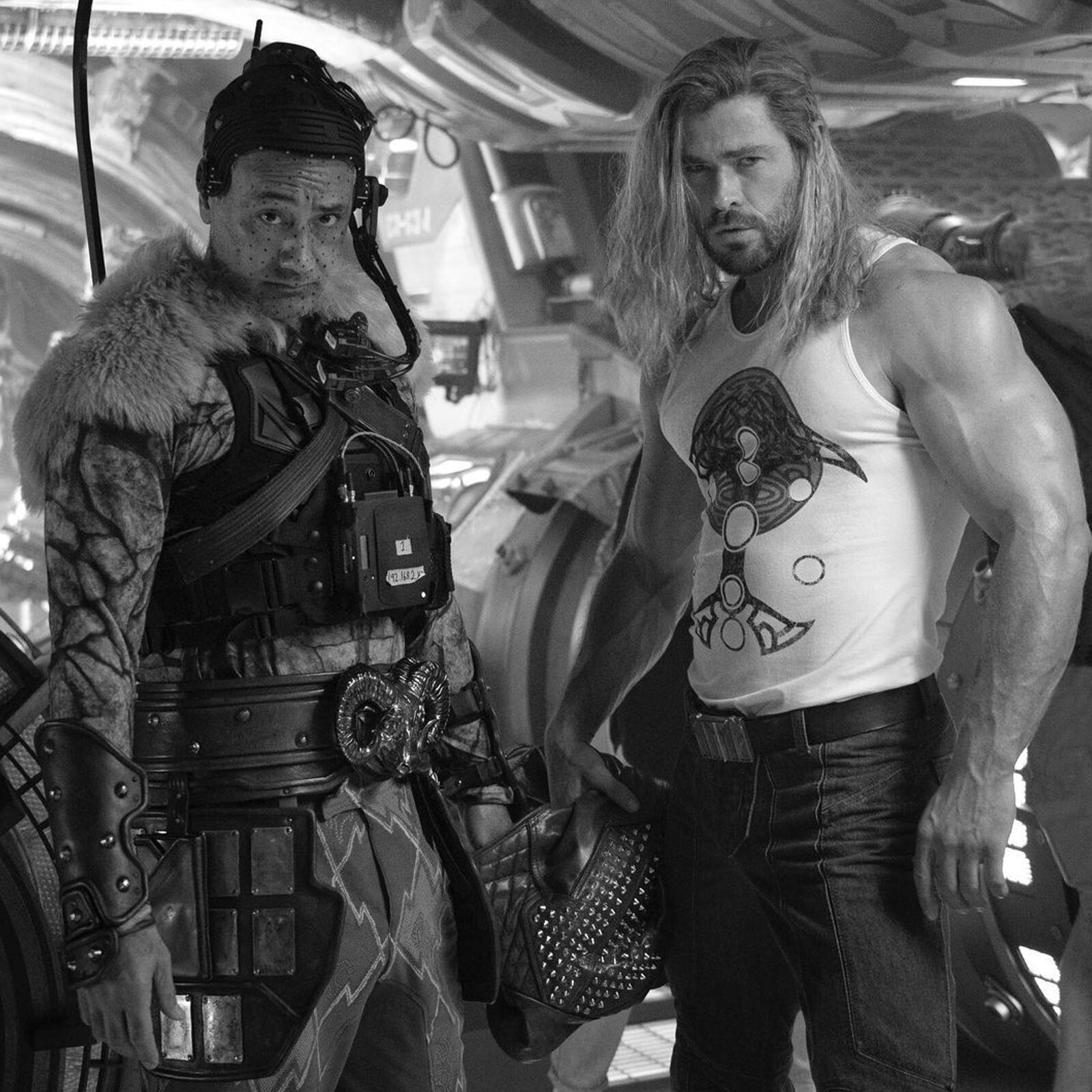 Chris Hemsworth's iron arms celebrate the end of filming for 'Thor 4'