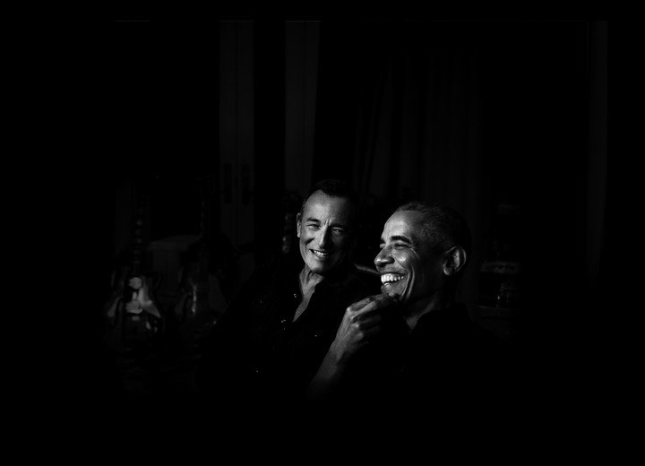 Friends since 2008, the musician and former President Barack Obama will address issues of race, fatherhood and current politics in a podcast. Photo Clarín Archive