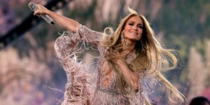 1623494471 Jennifer Lopez signs a contract with Netflix what this new