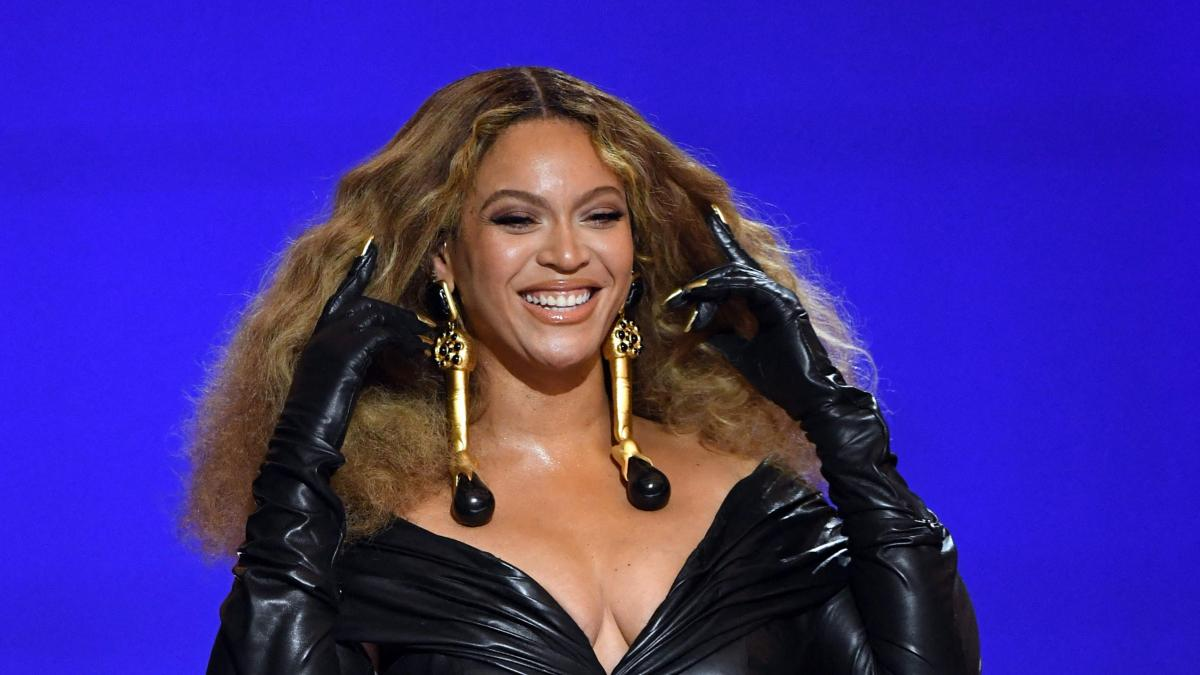 1623854758 Beyonce congratulates her twins Rumi and Sir on their 4th