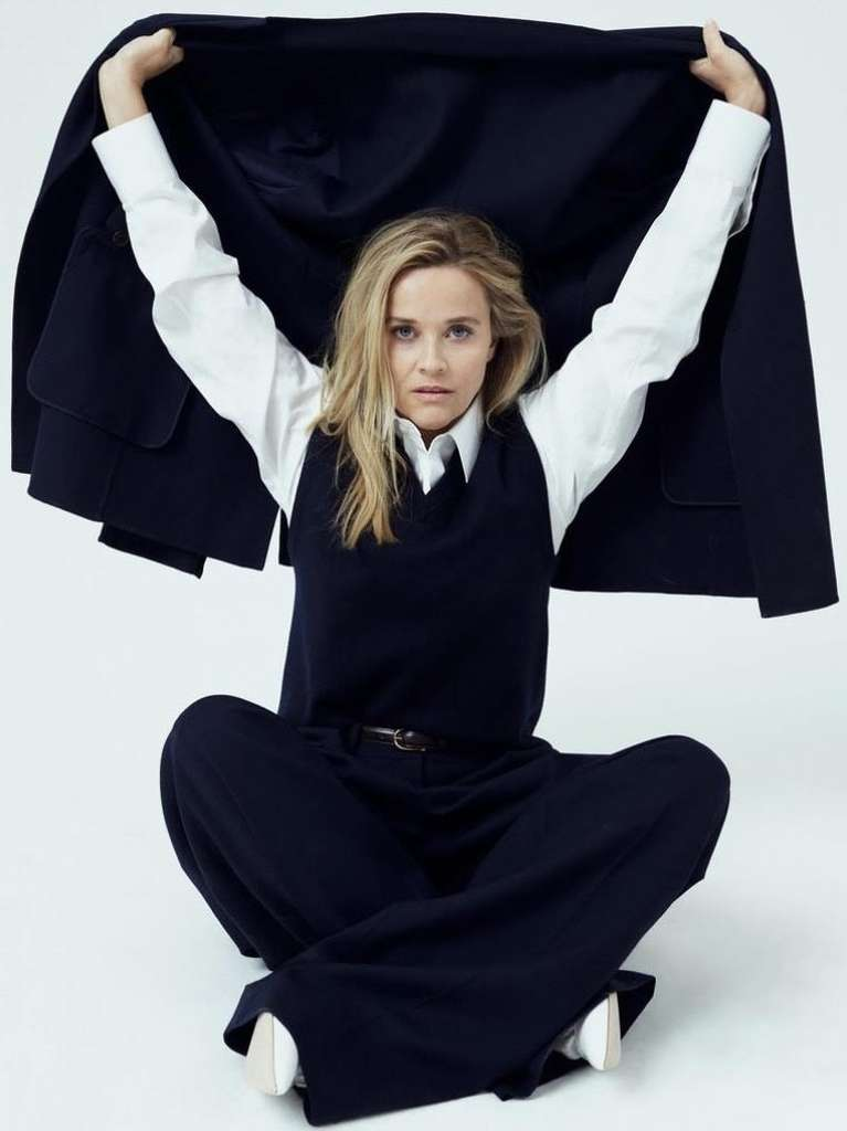 1624201062 170 Reese Witherspoon reappeared in a trendy cover