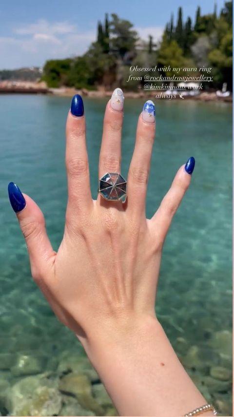 1624329589 Anya Taylor Joys latest manicure is the most stylish weve ever