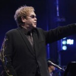 """Elton John calls for saving the music industry from the """"looming catastrophe"""" caused by Brexit"""