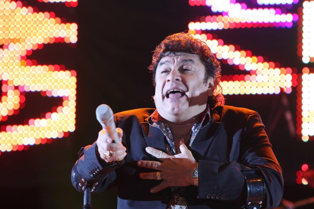 1624759682 Yonics vocalist Jose Manuel Zamacona delicate health