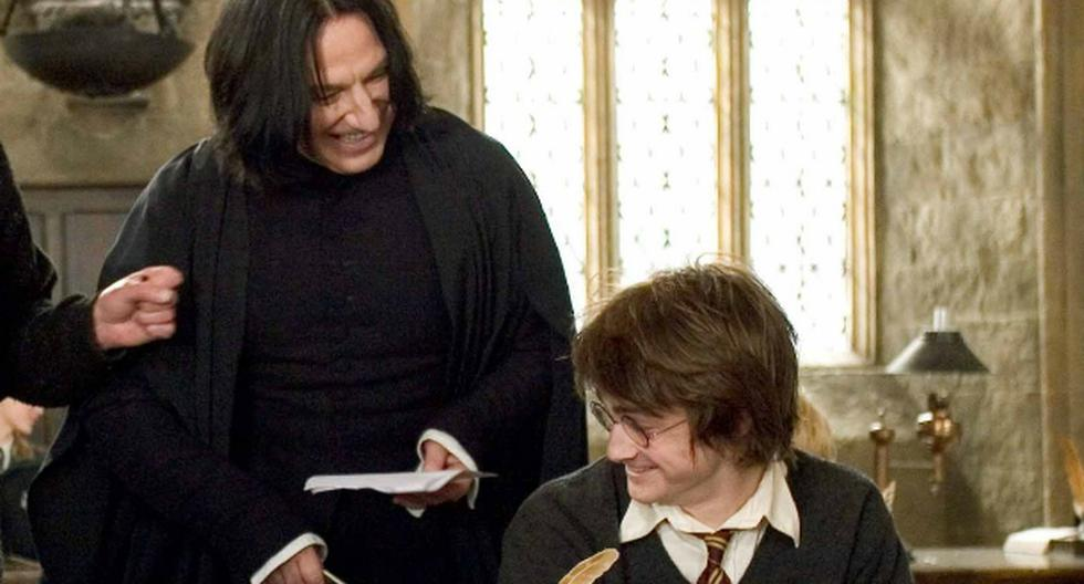 1624942263 Alan Rickman actor took a letter from Harry Potter and