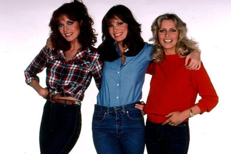 Roberts junto a Jaclyn Smith y Cheryl Ladd, en una foto promocional de la serie Los ángeles de Charlie