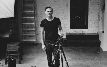 Canadian singer (and photographer) Bryan Adams will be in charge of developing the 2022 Pirelli Calendar
