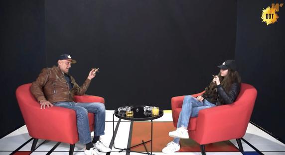 Coto Matamoros interviewed Carlota Prado on her program.
