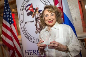 Delia Fiallo dies cataloged as the mother of the Latin