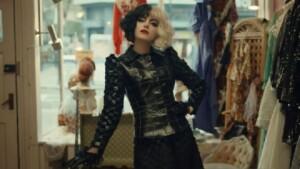 "Disney Plus | ""Cruella"": Jenny Beavan designed 80 costumes for Emma Stone and Emma Thompson in the film"