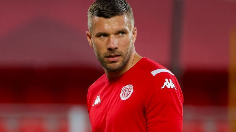 Gallos Withdraws Offer for Podolski Lukas will be a TV