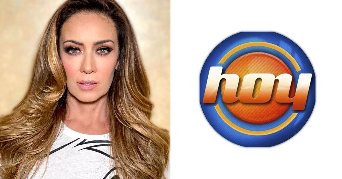 "How Andrea Legarreta received Anette Michel in ""Hoy"""