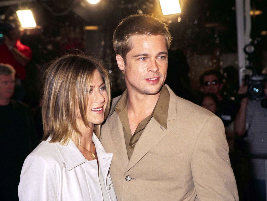 Brad Pitt and Jennifer Aniston, here in 2001, make the public dream with their perfect couple