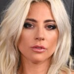 Lady Gaga brings back the 'cat eye' that will be a trend in summer 2021