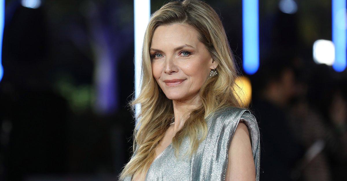 Los secretos de Michelle Pfeiffer: su paso por una peligrosa secta, el flechazo con John Malkovich y por qué no quiere trabajar con su marido