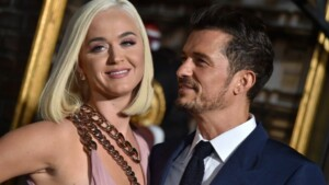 Orlando Bloom had a cameo in Katy Perrys latest video