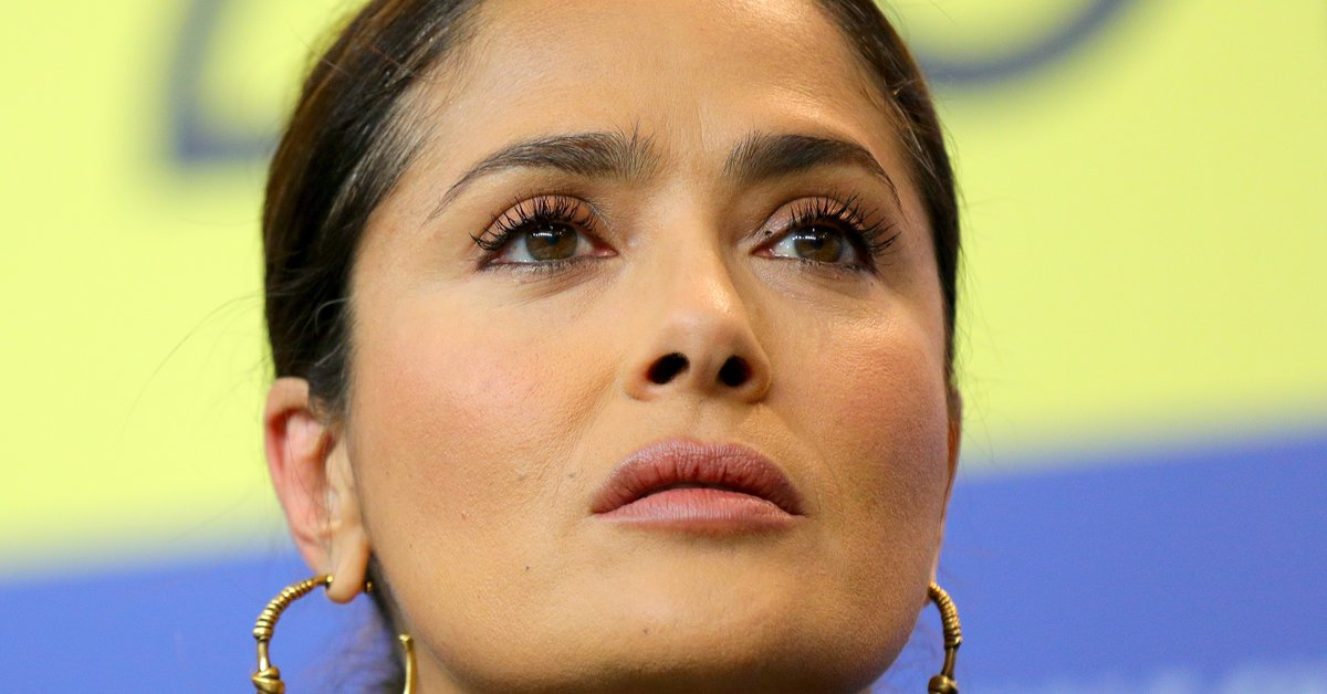 """Salma Hayek on her fight against COVID: """"I die here in my house with my family"""""""