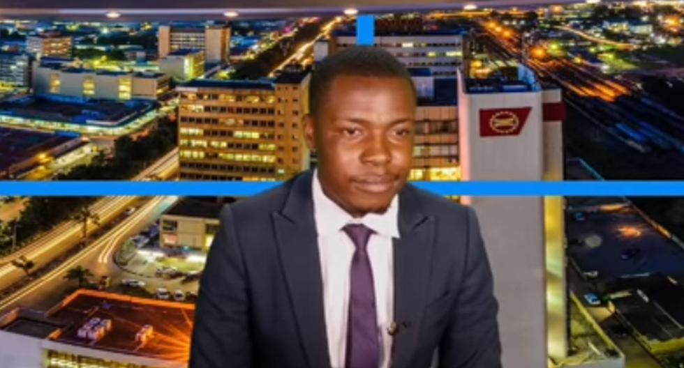 TV host interrupts newscast to reveal that he has not been paid his salary