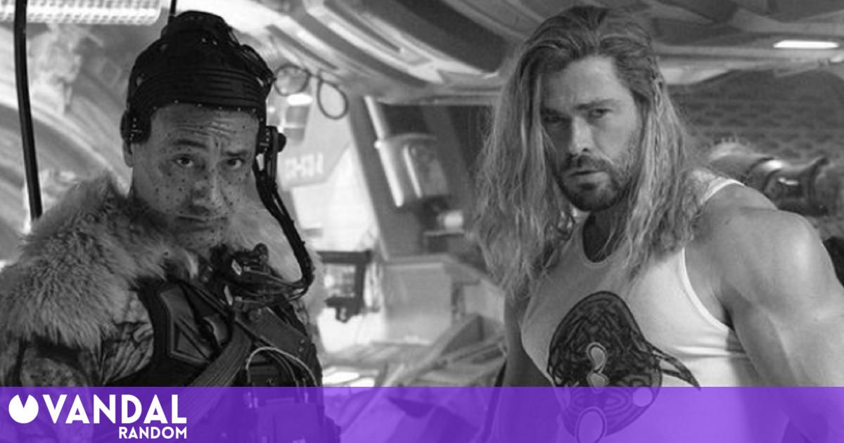 Thor: Love and Thunder finishes filming and Chris Hemsworth celebrates with this photo